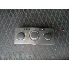 Блок управления печки/климат-контроля Opel Astra H 2005г.