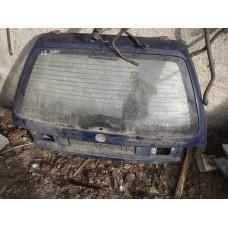 Крышка багажника Volkswagen Passat B 4