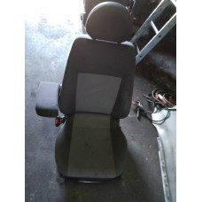 Водительское сиденье Opel Meriva