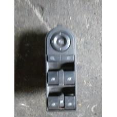 Кнопка стеклоподъемника Opel Astra H, Zafira B
