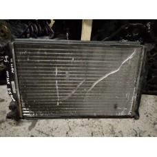 Радиатор охлаждения Volkswagen Passat B5