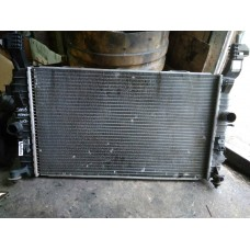 Радиатор охлаждения Opel Meriva