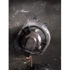 Вентилятор отопителя (печки) Opel Omega